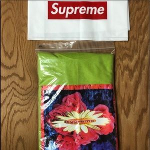 Supreme Rare New Bloom Long Sleeve Tee Authentic
